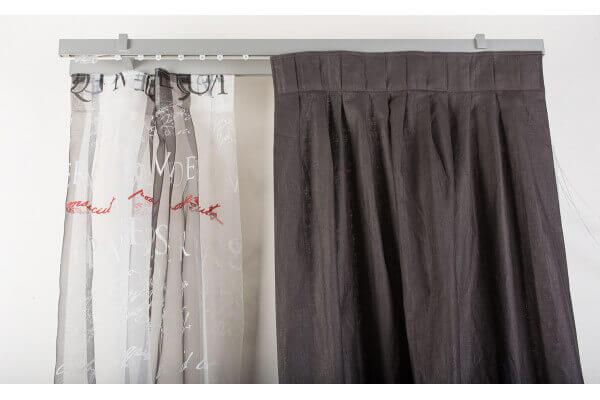 Binari Per Tende A Soffitto : Binario con comando a corda alluminio mm con supporto a