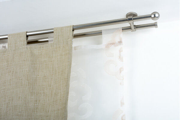 Bastone per tende in acciaio satinato 20mm con supporto for Tende per finestre a soffitto