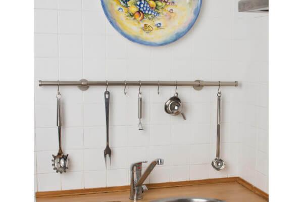 Portautensili da cucina in acciaio satinato 20mm archema - Portautensili da parete ...